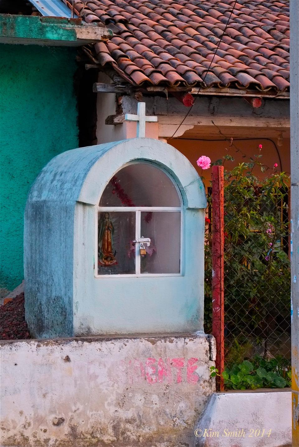 Altar Angangueo mexico ©Kim Smith 2014